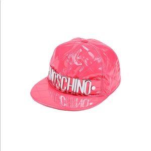Moschino authentic , 3D metallic logo cap